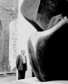 Henry Moore, Large Locking Piece, 1963/64, documenta 3, 1964, Handabzug auf Barytpapier, 25 x 25 cm