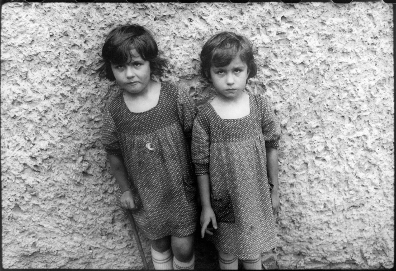 Gundula Schulze Eldowy, o.T., Polen 1979, Silbergelatineabzug, 48,5 x 57,5 cm, aus der Mappe: Zeit an Zeit, erschienen 1989 mit insgesamt 20 Fotos aus den Jahren 1979-89