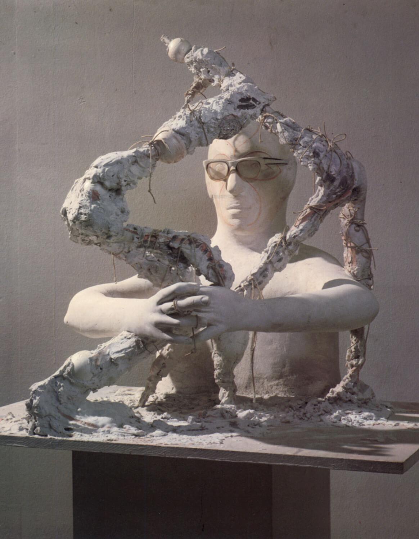 Joachim Schmettau, Der Bildhauer, 1972, Gips, bemalt, Höhe 76,5 cm