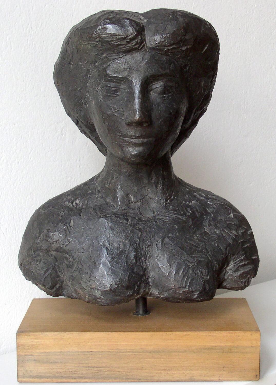 Genni / Jenny Wiegmann-Mucchi, Mädchenbüste, 1947, Bronze, Höhe 45 cm