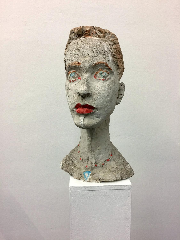 Sabina Grzimek, Tina, 1998, Gips, farbig gefasst, Höhe 49 cm